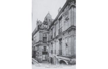 Hôtel de la Chancellerie et rue du Château - Loches