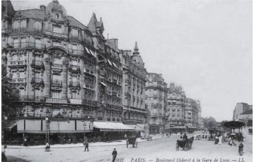 Boulevard Diderot à la Gare...